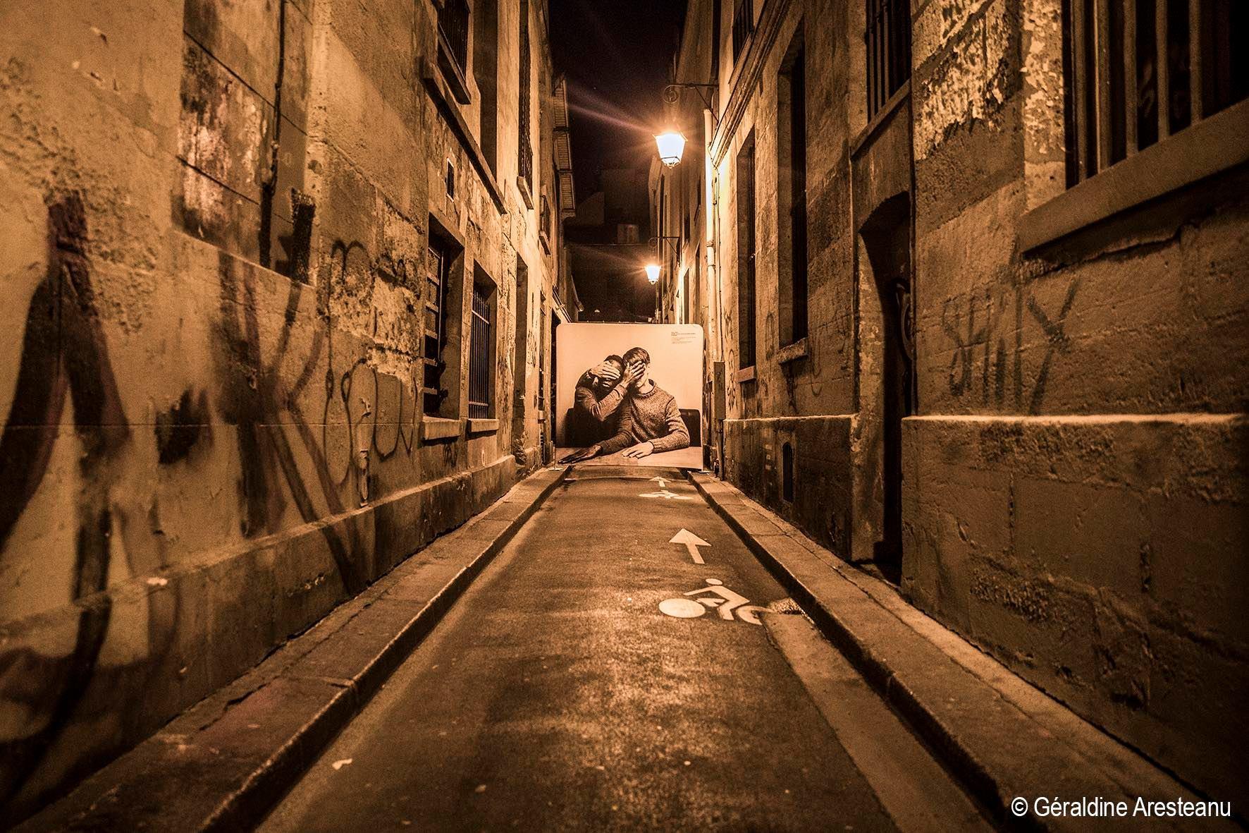 Street photo geraldine Aresteanu Paris Stop kidding