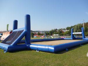 terrains de sports gonflables
